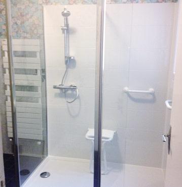 douche sécurisée plein pied